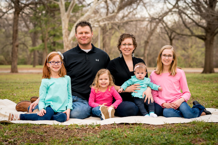 pose group portraits family