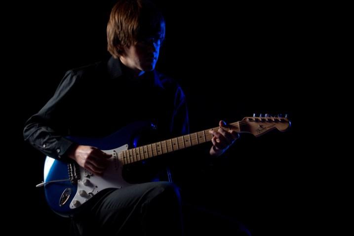 off-camera flash using a blue colored gel