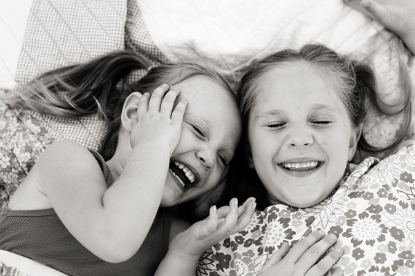 5 Non-Posed Ideas For Photographing Kids