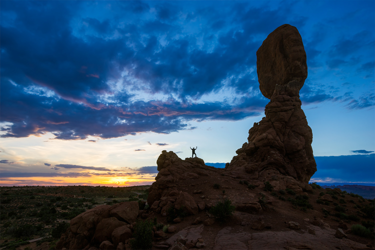 Image: Balanced Rock Sunset Sony A7 and Canon 16-35 f/2.8 | ISO 100, f/11, 1/20th.