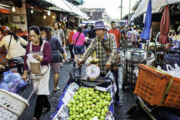 essay on visit to vegetable market