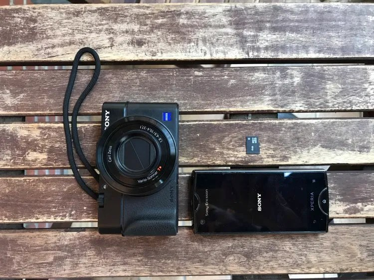Traveling Light - How to Backup and Manage Your Photo on the Go Without a Computer - old phone