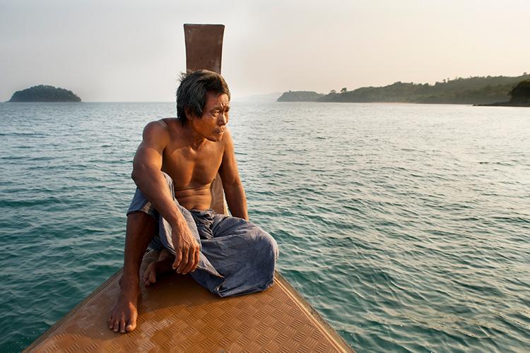 坐在船首的海上吉普赛人-直接影响您摄影质量的5个关键要素