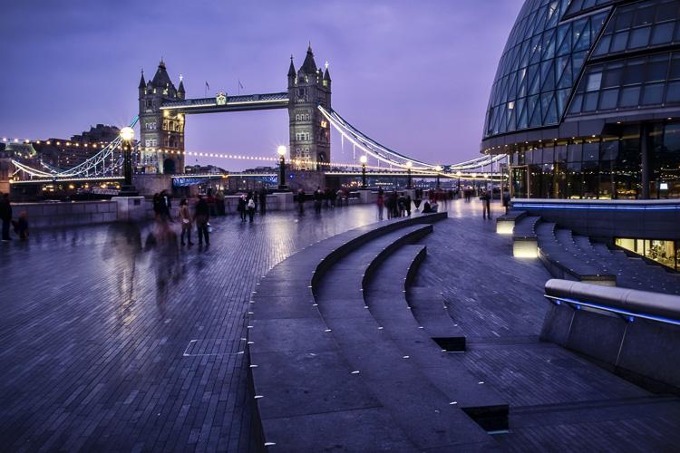Image: Darlene's image of London bridge, taken with a tripod.