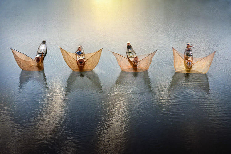 Fishermen Ballet - Putting the Fine Art into Travel Photography