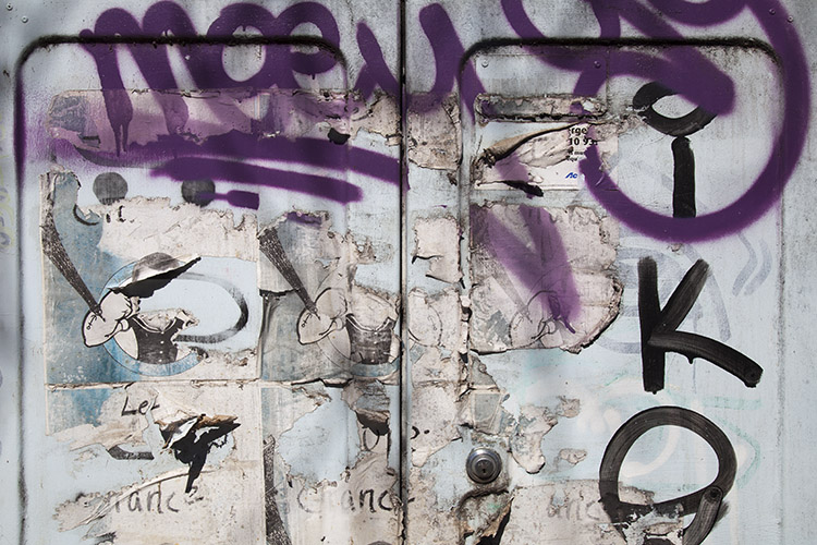 A Basic Look at the Ethics and Rules for Photographing Graffiti