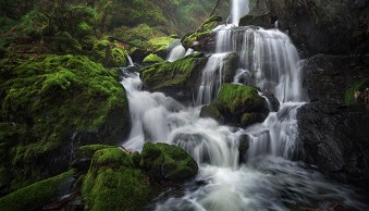How to Take Better Waterfall Photos