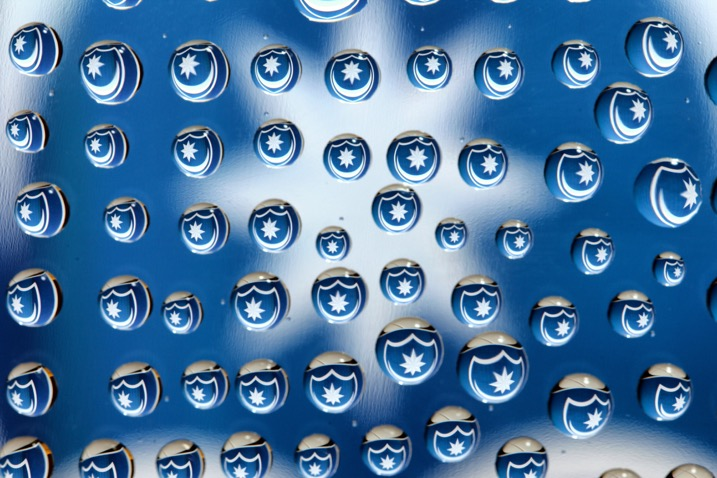 How to Photograph Water Droplets on Glass