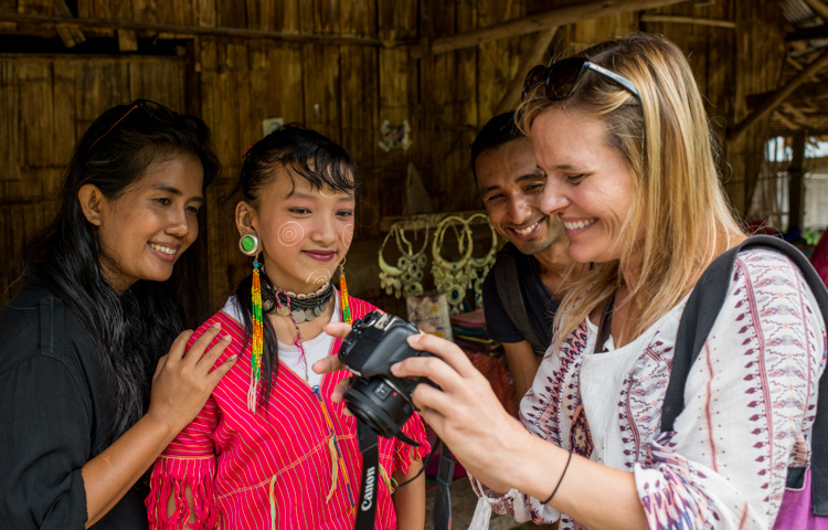 people Learning photography - 5 Tips To Help You Enjoy Your First Digital Camera