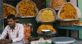 Karthika Gupta Photography - Memorable Jaunts DPS Article - Tips for photographing street markets-1-3
