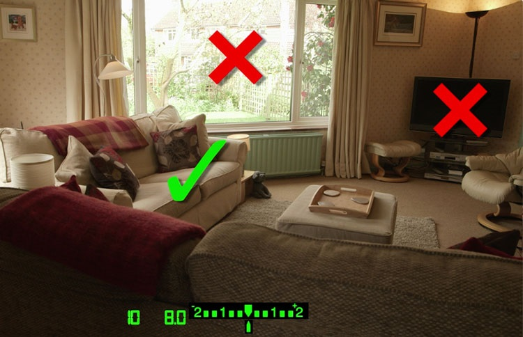 Image: Note that the shutter speed when the camera is pointed at the sofa is 1/10th.