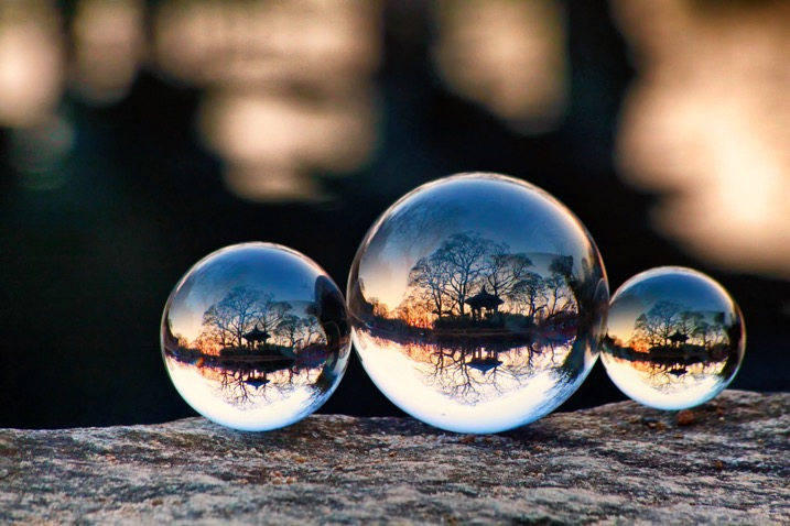 Which Size Lensball is Best for Crystal Ball Photography? - 3 sizes