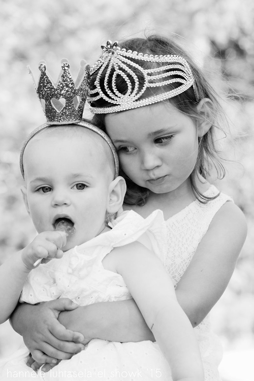 Love between siblings. Tips on How to Capture Affection in Your Photographs