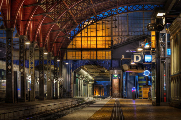 What Makes Great Photos? 5 Factors That Can Take Your Images From Good to Great - train station Copenhagen