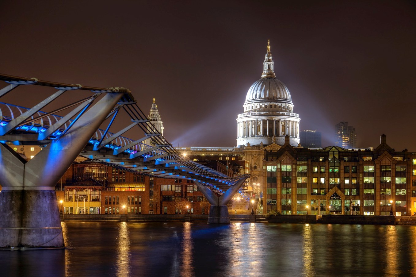 Millenium and St Paul - dPS Ultimate Guide to Night Photography