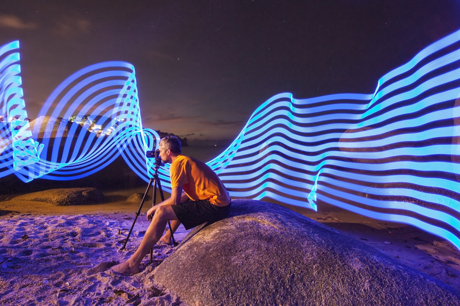 9 Tips for Aspiring Young Photographers - pixelstick lighting effect