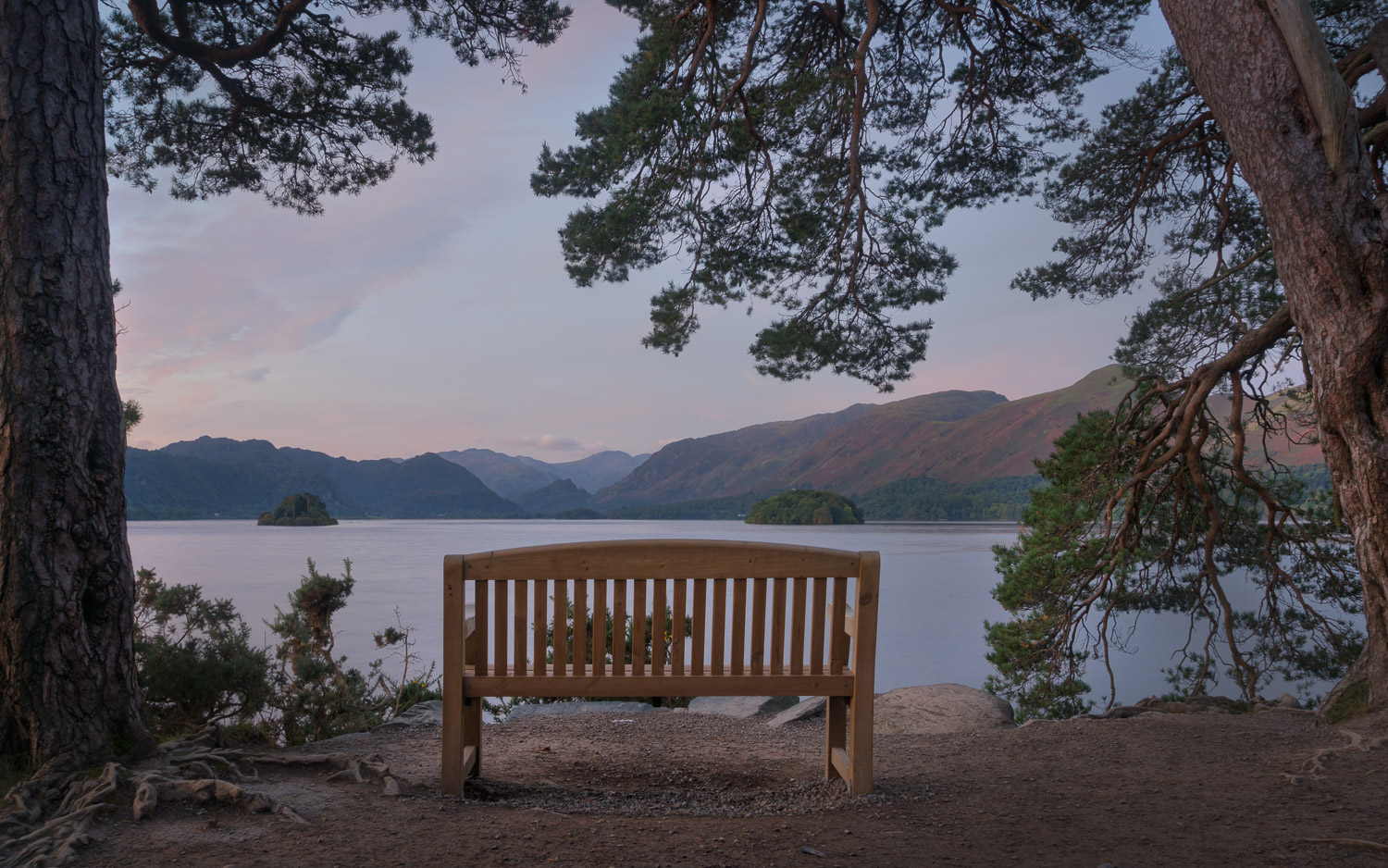 Why You Should Avoid Shooting at Small Apertures Like F18 to F40 - park bench and scenic view
