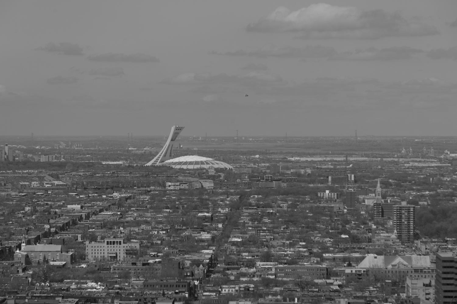monochrome image of Montreal - How to Use Low Graphic Style as a Compositional Tool