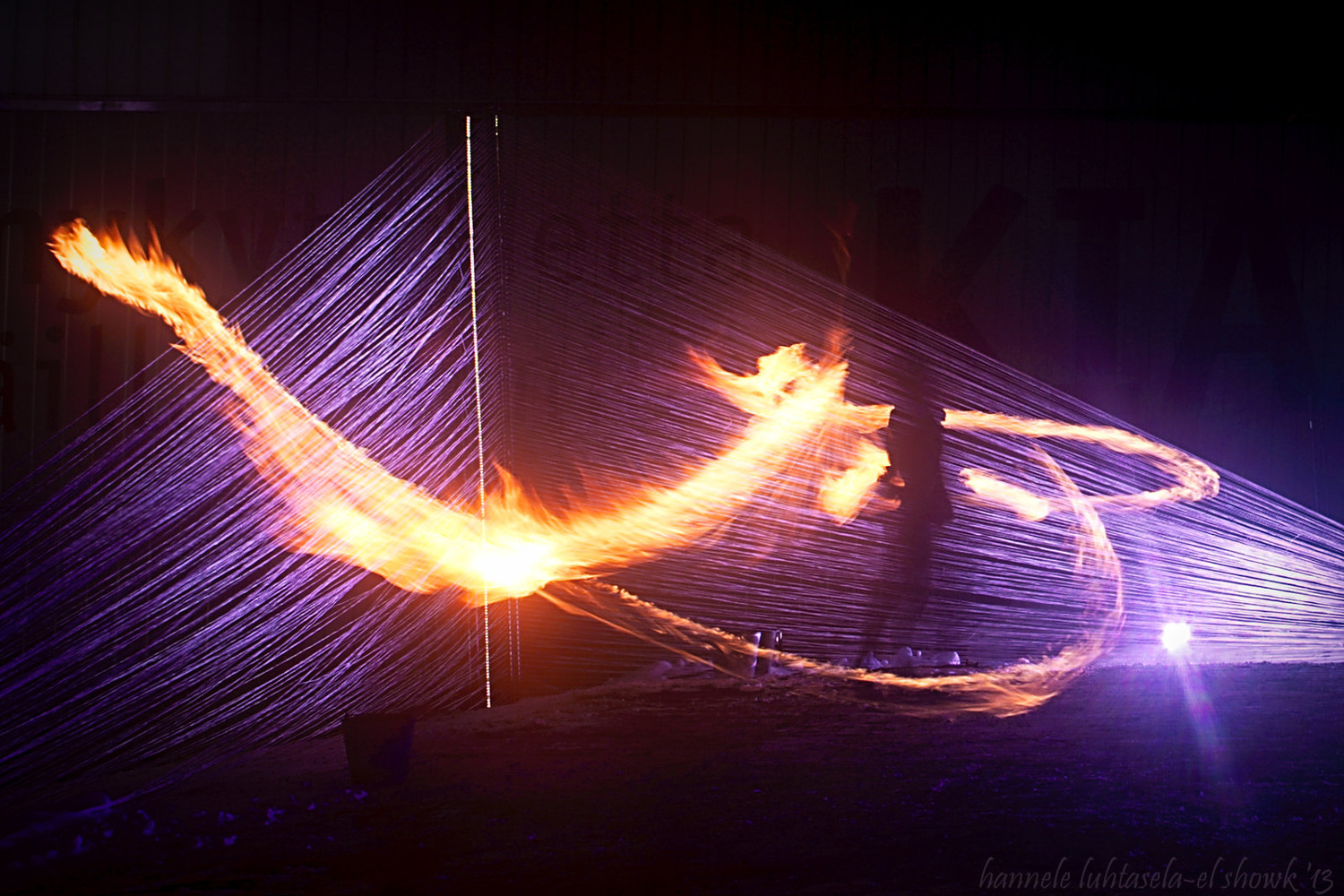Capturing fire with a long exposure. Light painting tips