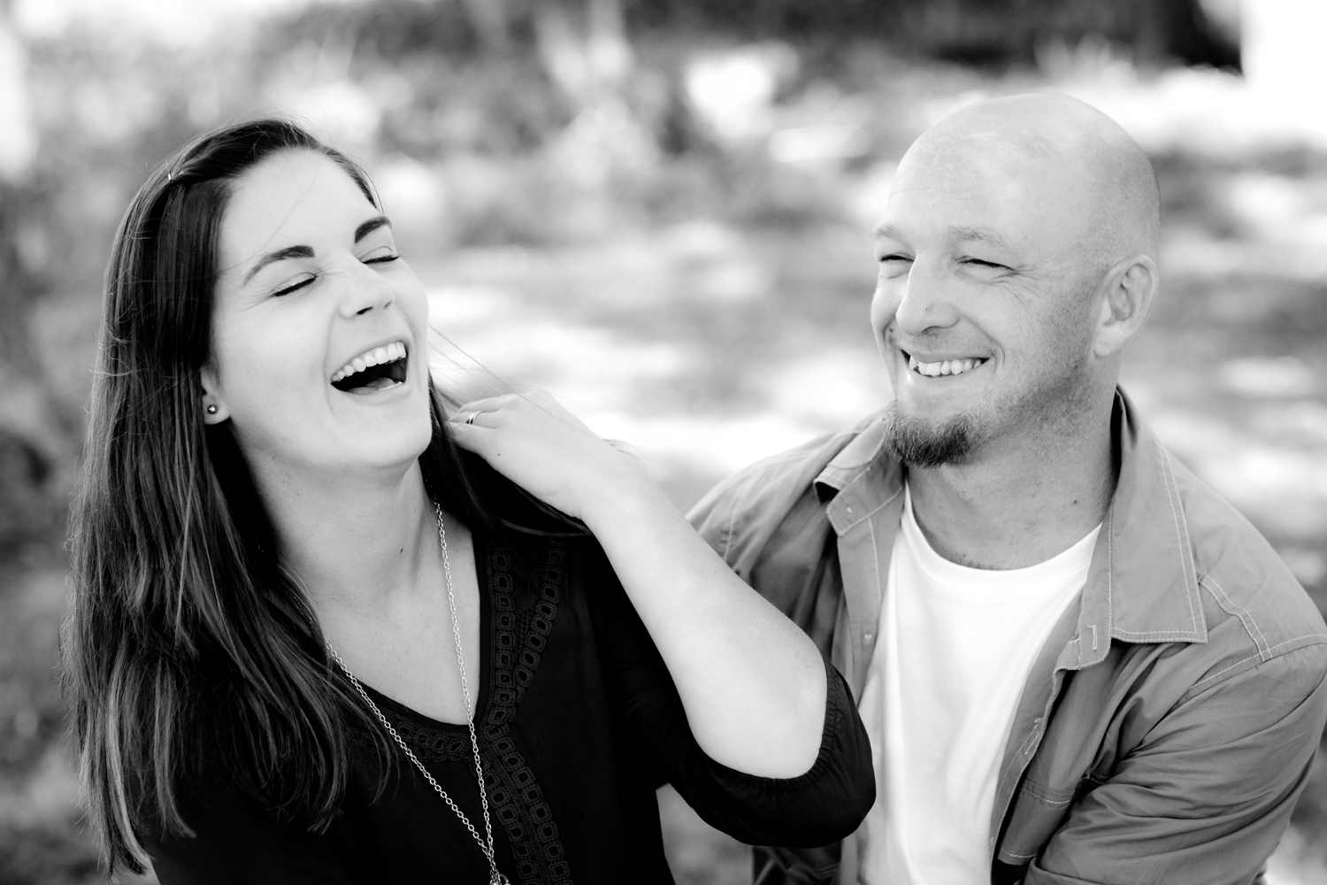 Candid couples photography - Fun Ways to Photograph Couples That are a Bit Awkward