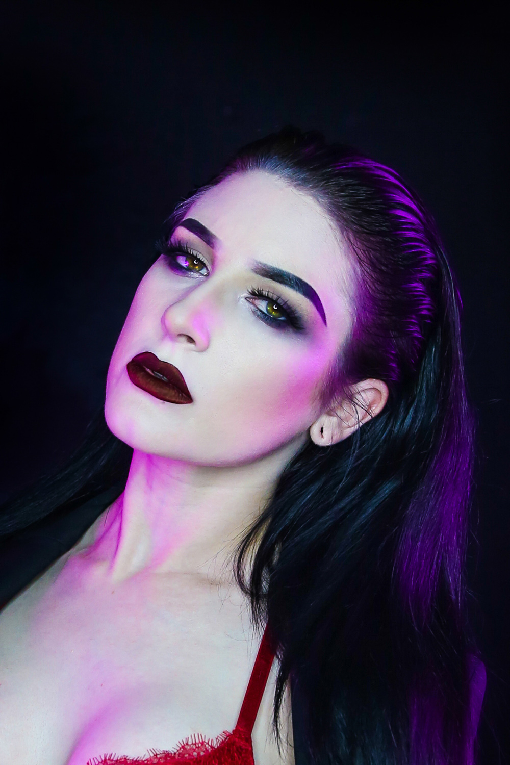 girl with rim lighting - How to use Colored Gels to Create Unique and Creative Lighting