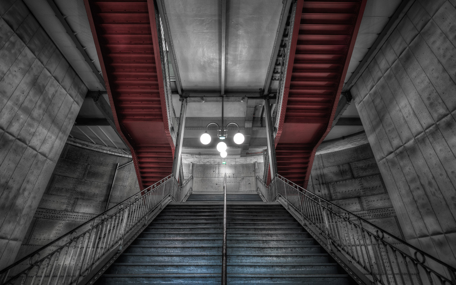 red and blue stairs - Learn How to Use the Strength of Selective Color