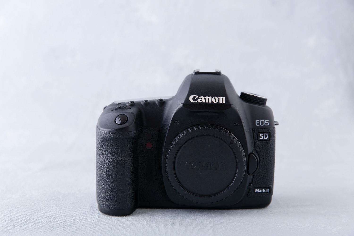 Image: I shoot with a full frame Canon 5D Mark II.