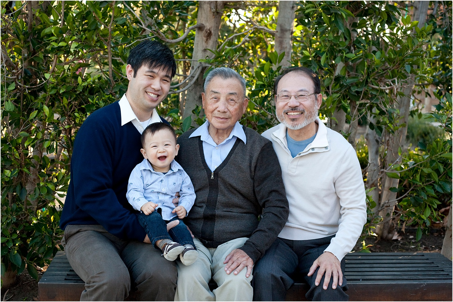 Tips for Posing Large Families and Groups - 4 generations photo