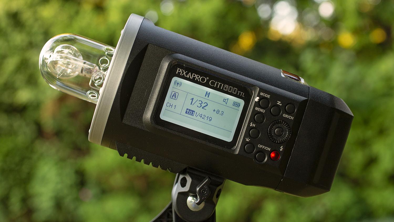 Light Review: The PiXAPRO CITI600 Portable Strobe (Godox Wistro AD600BM)