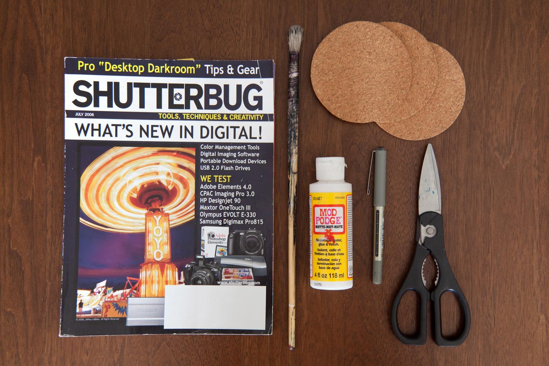 https://i0.wp.com/digital-photography-school.com/wp-content/uploads/2018/09/DIY-coasters_photography_magazines-cork-03.jpg?resize=1500%2C1000&ssl=1