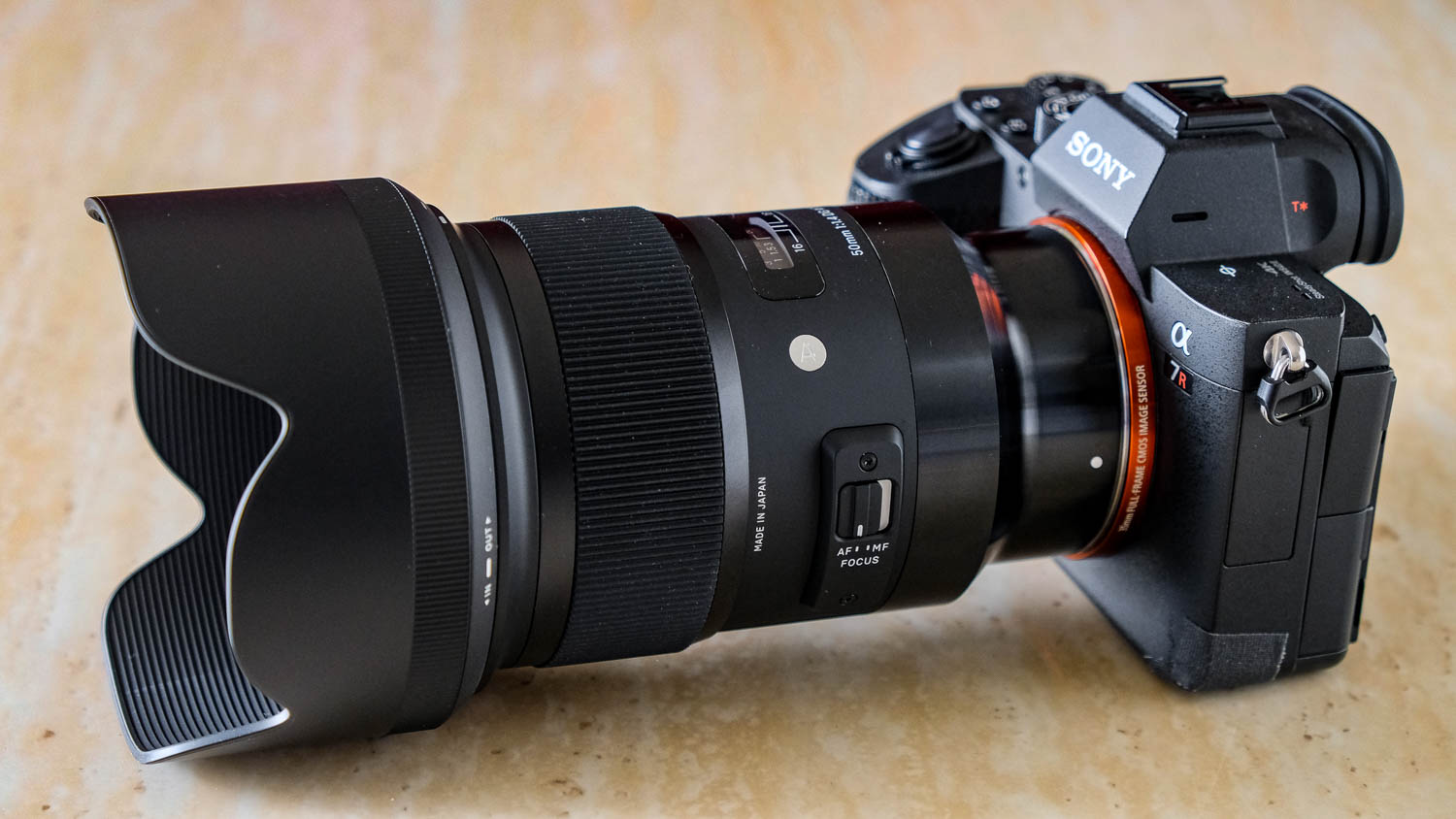Sigma 50mm f/1.4 Art Lens for Sony E-Mount