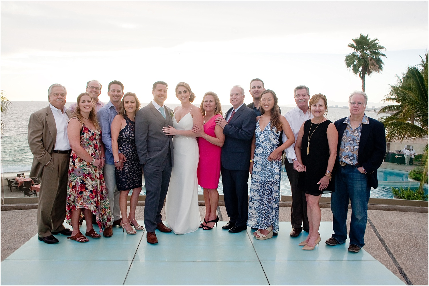 How to photograph family and bridal party portraits quickly at weddings 24