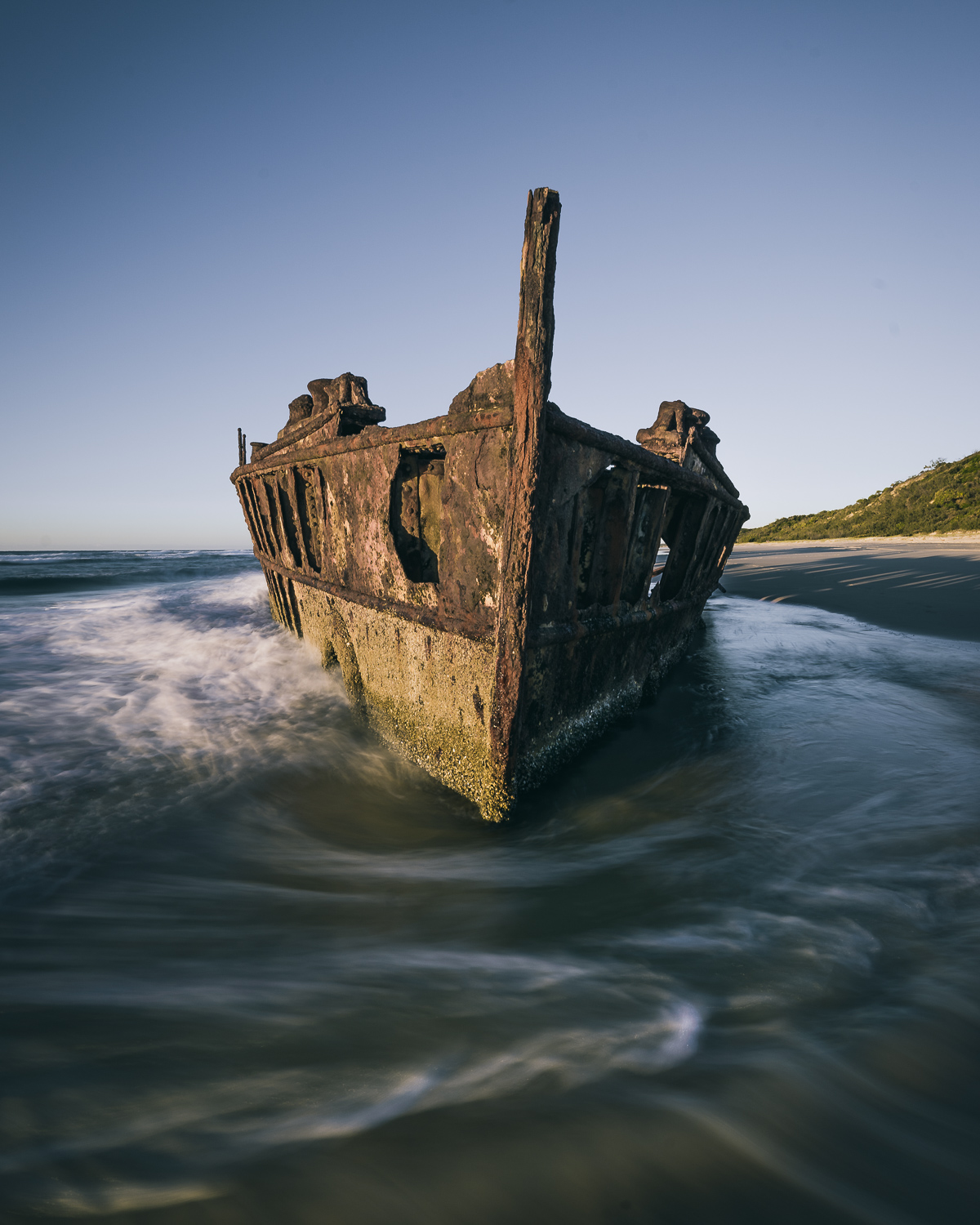 shipwreck create a travel photography theme