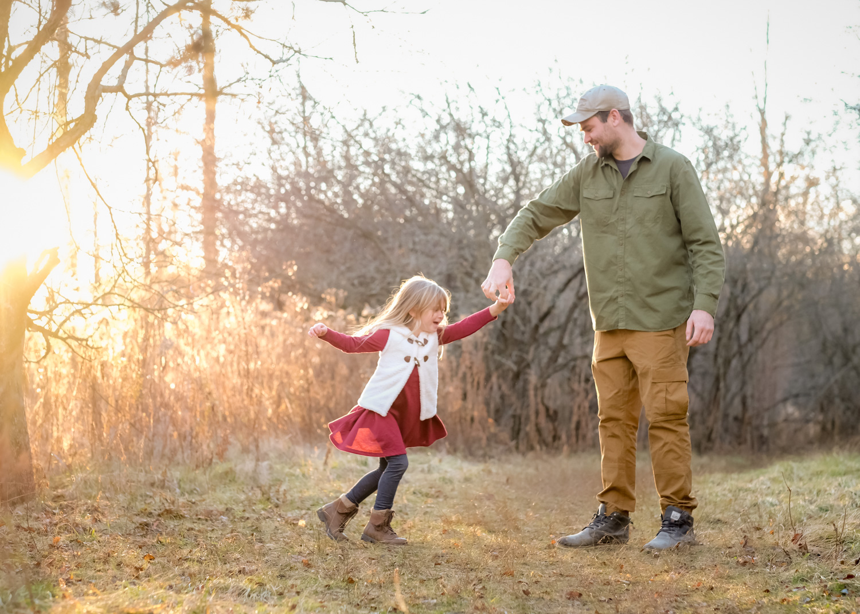 Daddy daughter dancing