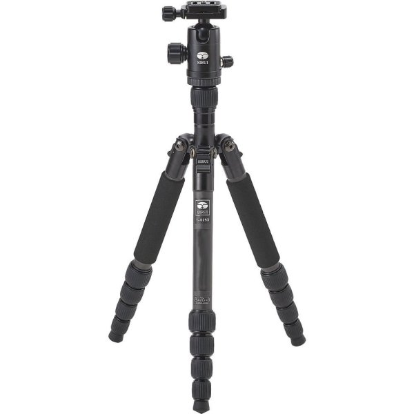 How to Choose the Right Tripod for Landscape Photography