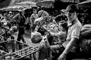 Learn How To Easily Improve Your Street Photography Portraits Market Shopping With Dad In Chiang Mai, Thailand © Kevin Landwer-Johan