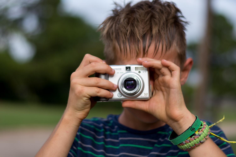 如何让孩子对摄影感兴趣1