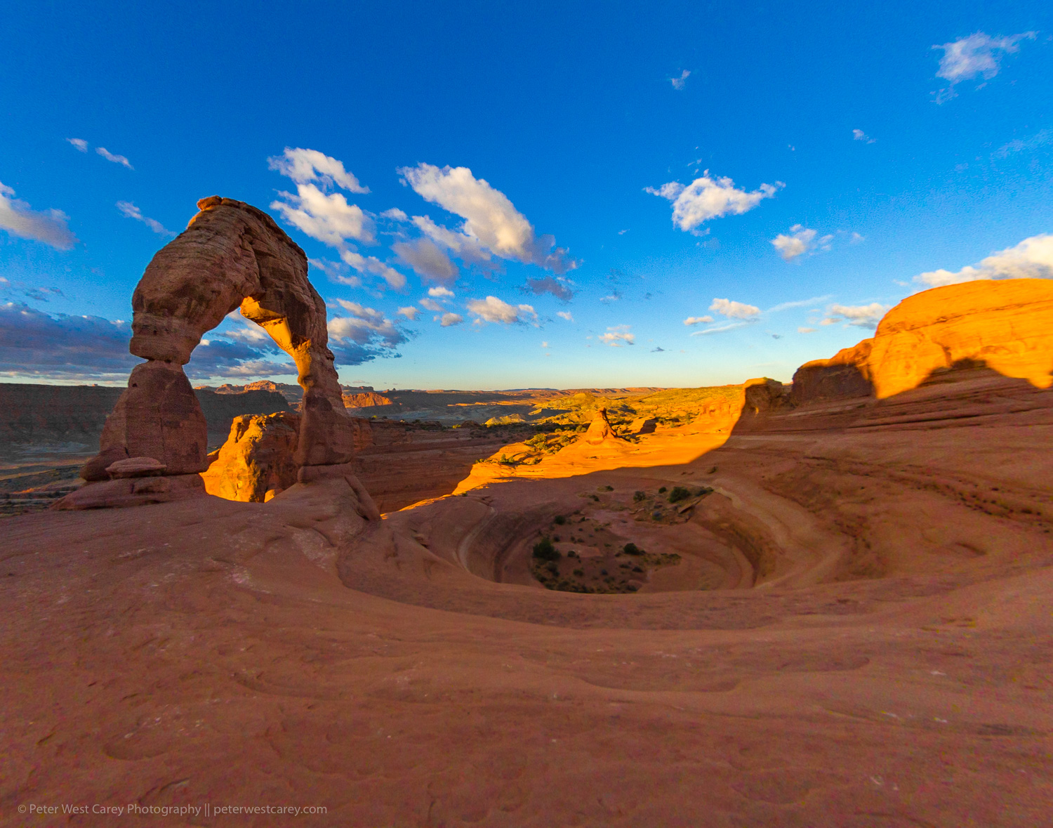 https://i0.wp.com/digital-photography-school.com/wp-content/uploads/2018/11/Photography-Hot-Spots-PWC-Delicate-Arch-7851.jpg?resize=1500%2C1179&ssl=1