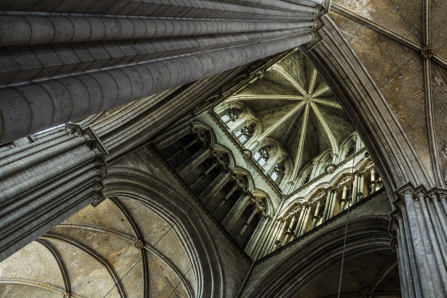 Low angle photography - Rouen Cathedral