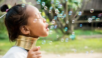 Bubble Fun The Importance of Connecting With Your Subject