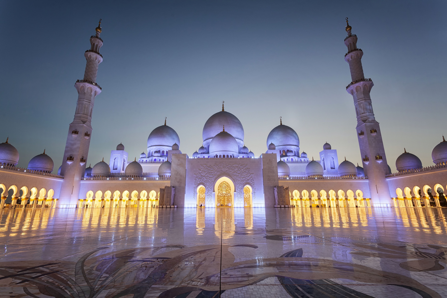 Image: This photo has not been adjusted for barrel distortion since the minarets lead the eye into t...