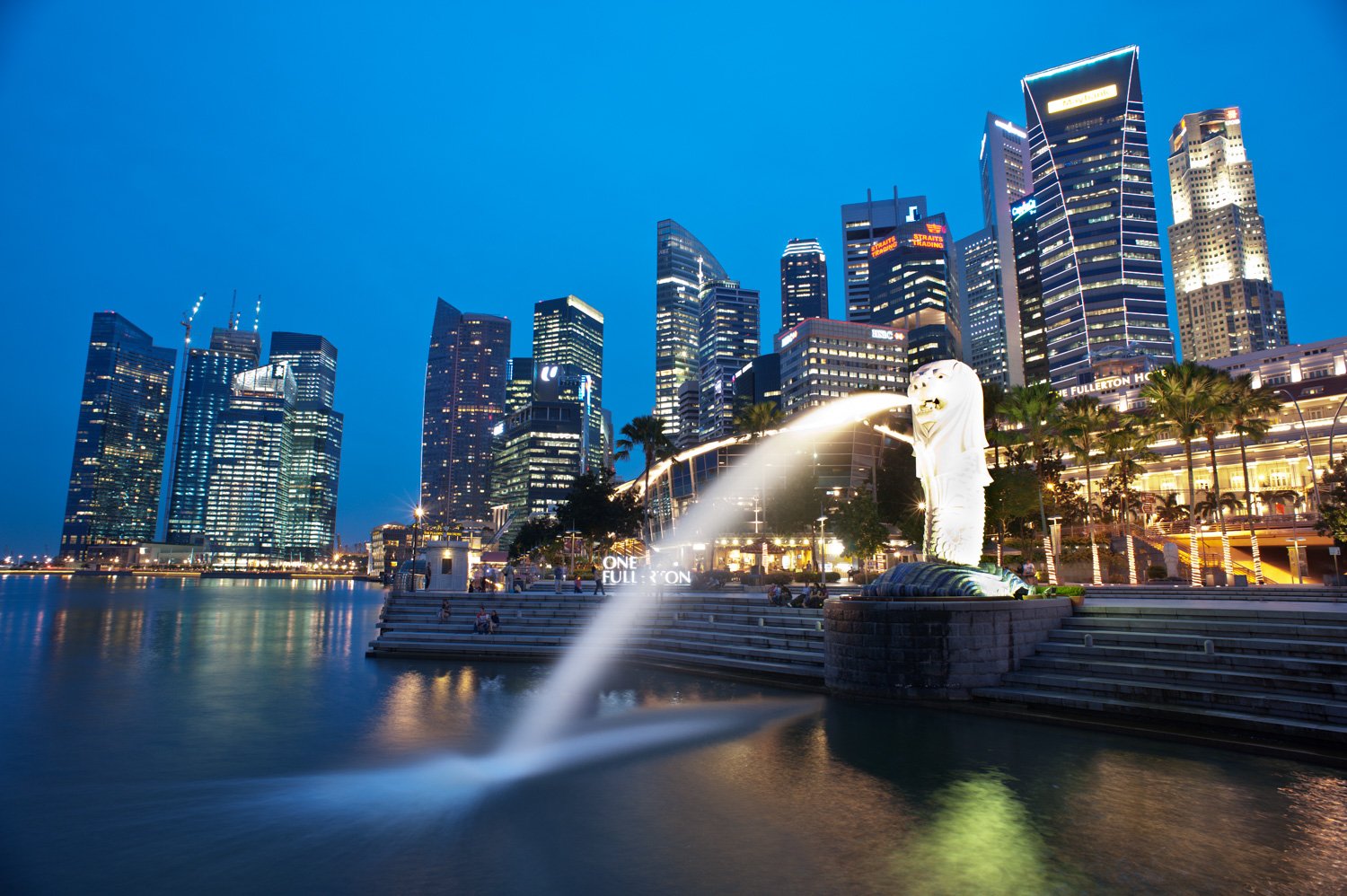 When should you obtain a model or property release? Merlion Park, Singapore
