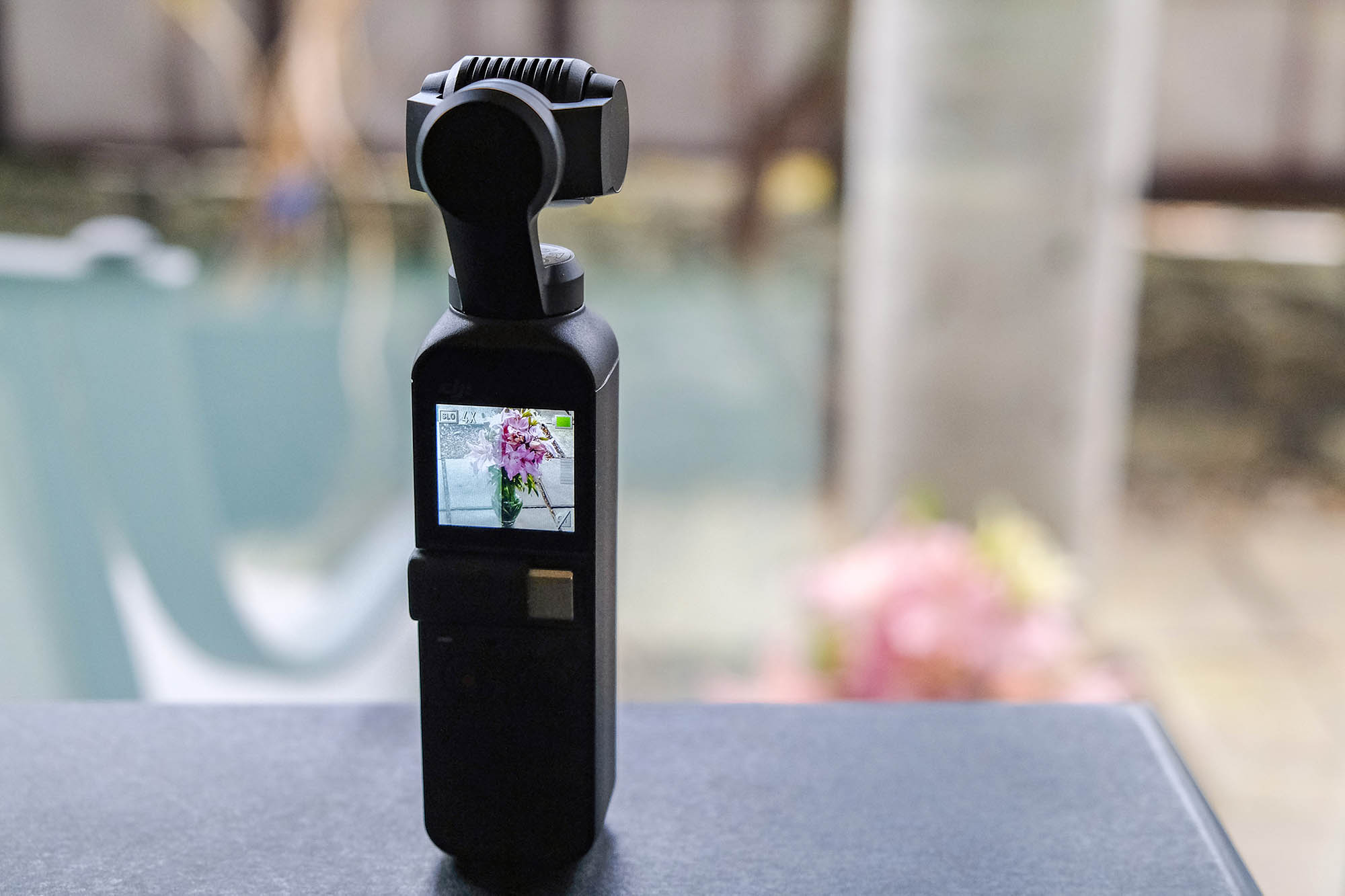 https://i0.wp.com/digital-photography-school.com/wp-content/uploads/2019/03/DJI-Osmo-Pocket-05.jpg?resize=2000%2C1333&ssl=1