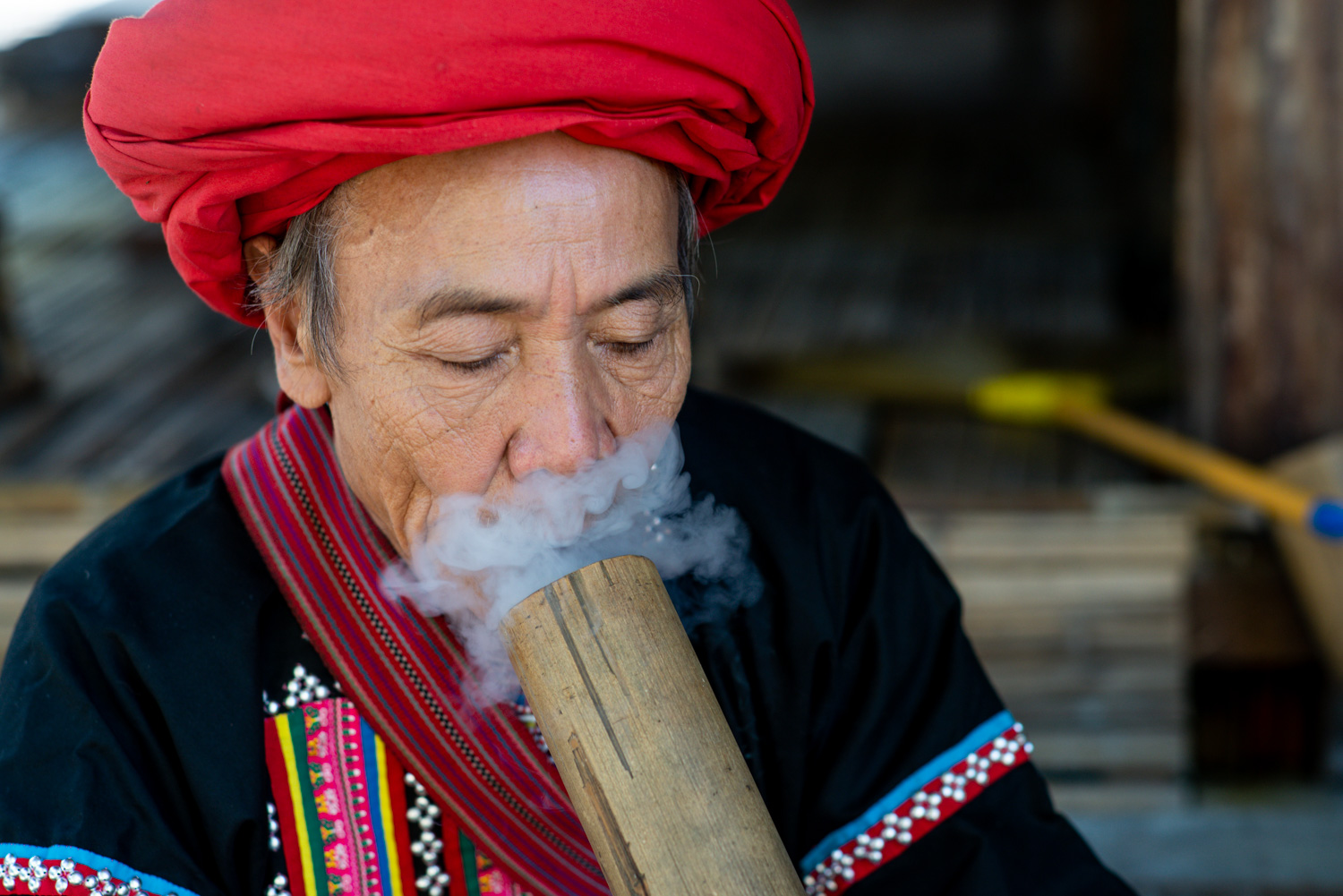9 Tips for Better Environmental Portraits Lahu Smoker