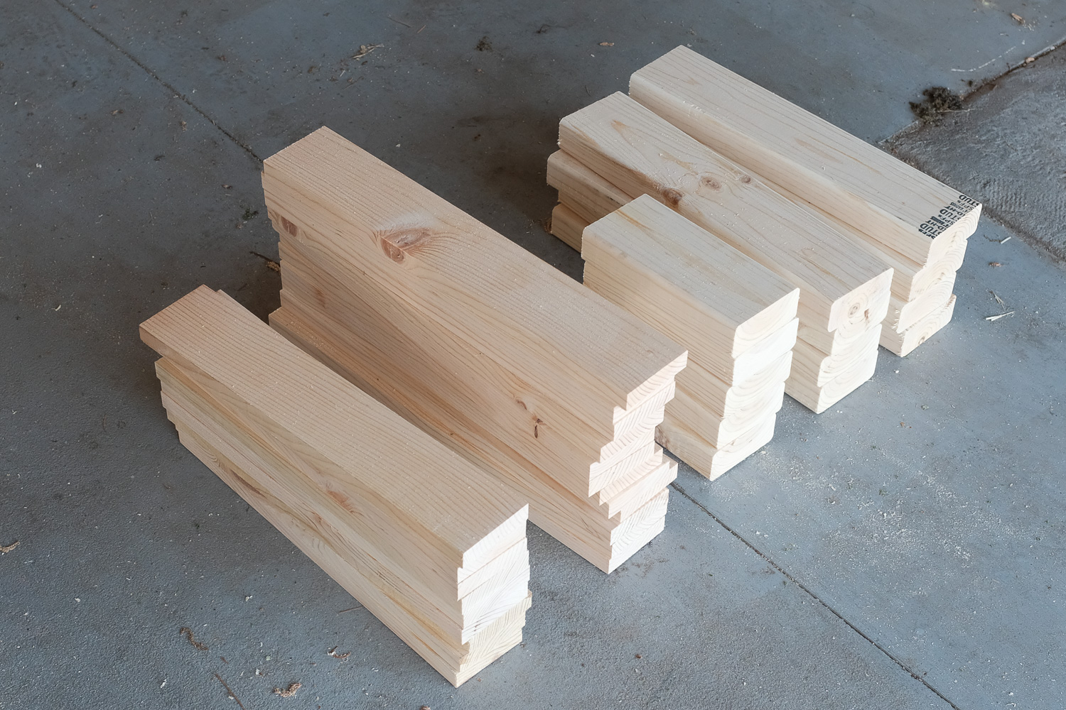 Image: It's a lot easier to cut everything first and then assemble the bench all at once.