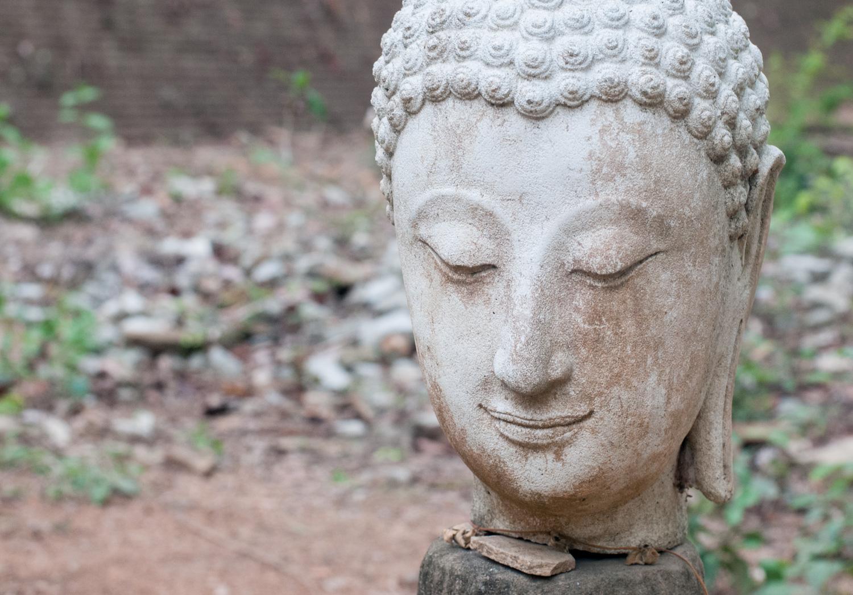 Understanding Exposure Metering Modes Buddha Statue Even Lighting