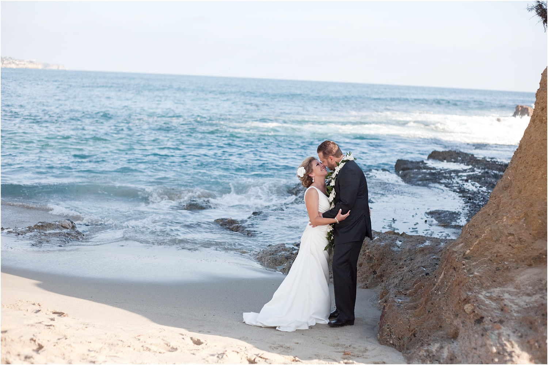 beach bride groom wedding-essential-tools-for-wedding-photography