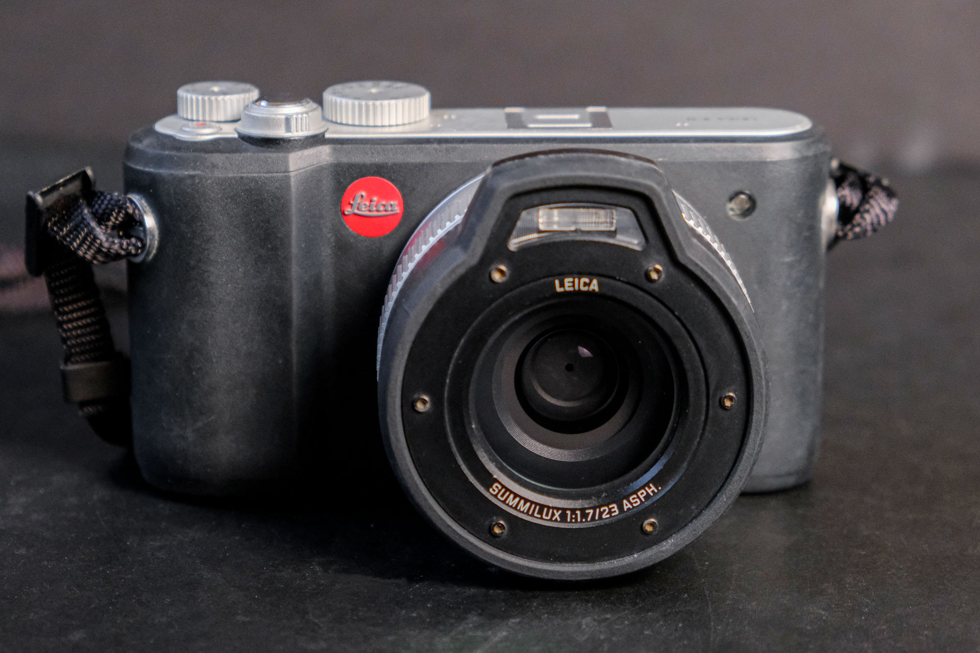 Leica XU underwater camera
