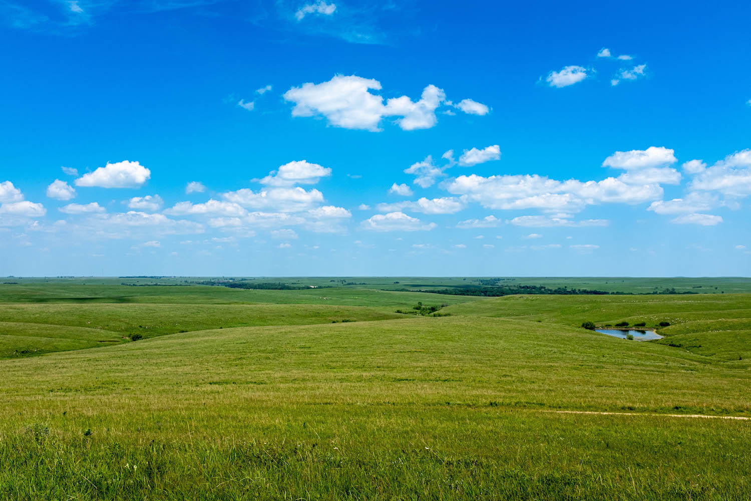 Image: I shot this in the Tallgrass Prairie Nature Preserve in another part of Kansas. These clouds...