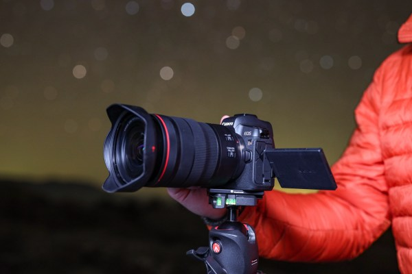 Canon Announces the EOS Ra, Its First Mirrorless Astrophotography Camera